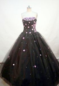 Appliques with Sequins A-line Strapless Black Quince Dress in Piura Peru