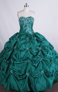Sweetheart Appliques with Beading Quinceanera Dresses in Tumaco Colombia