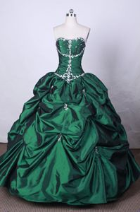 Pick-ups Strapless Green Beading Quinceanera Dresses in Tultepec Mexico