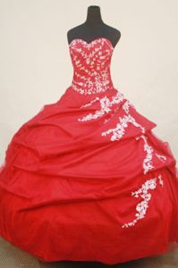 Red Sweetheart Appliques Beading Quinceanera Dress in Chihuahua Mexico