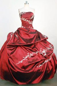 Pock-ups Strapless Red Appliques Quinceanera Dress in Quilmes Argentina