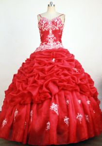 Straps Red Beading and Appliques Quinceanera Dresses in Cuenca Ecuador