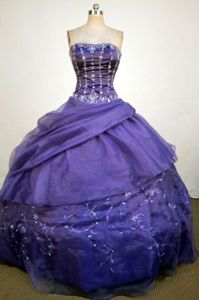 Ball Gown Strapless Beading and Appliques Purple Quinceanera Gowns