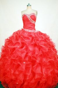 Ruffled Sweetheart Beading Organza Red Quinceanera Gown Dresses