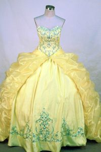 Yellow Appliques Sweetheart Pick Ups Sweet Sixteen Quinceanera Gown