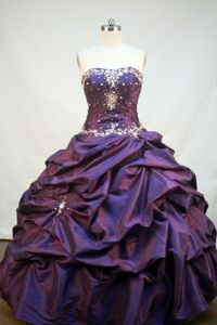 Rivaz Switzerland Pick Ups Appliques Sweetheart Purple Sweet 16 Dress