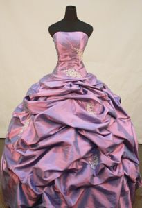 Purple Strapless Pick Ups Quinceanera Gowns in Nunningen Switzerland