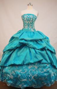 Neuheim Switzerland Strapless Appliques Beading Quinceanera Dresses