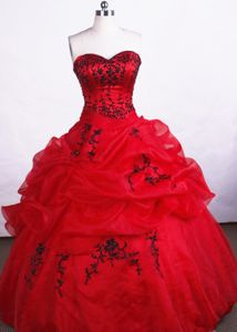 Appliques Sweetheart Pick Ups Martigny Switzerland Quinceanera Gowns