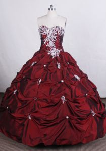 Pick Ups Sweetheart Appliques Taffeta Leysin Switzerland Sweet 16 Dress