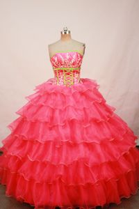 Discount Strapless Appliques Layers Ruffled Quinceaneras Party Gowns