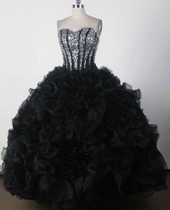 Black Strapless Beading Ruffled Frutigen Switzerland Sweet 16 Dresses