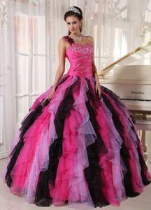 Multi-color Single Shoulder Ruffles Beading Sweet 16 Dresses near Winfield