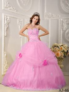 Pink Sweetheart Quinces Dresses with Lace Hemline near South Charleston