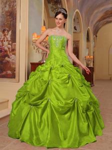 Spring Green Strapless Beading and Embroidery Quinces Dresses in Wichita Falls