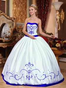 Best White Strapless Embroidery Satin Quinceanera Dress in Round Rock TX