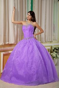Purple Ball Gown Sweetheart Organza Beading Sweet 16 Dresses in Somerville