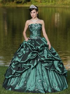 Green Strapless Sweet Sixteen Dresses with Beading and Appliques in Salem