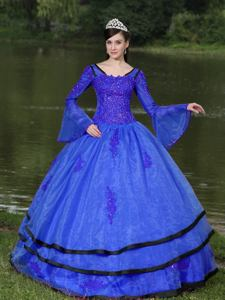 V-neck Long Sleeves Appliques Decorate Blue Quinceanera Dress in Plymouth