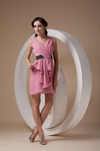 Pretty Rose Pink Ruched V-neck Mini-length Quince Dama Dresses in Bronx