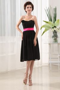 Strapless Black Knee-length Quince Damas Dress with Flower and Pink Belt