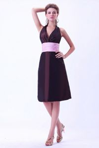 Exclusive Brown Halter Knee-length Prom Dress For Damas with Pink Sash