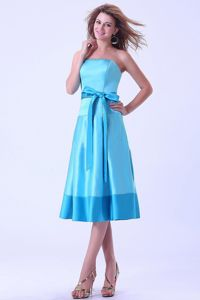 Bright Aqua Blue Strapless Tea-length Quince Dama Dresses with Sash Bow