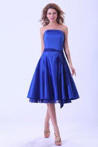 Hot Sale Strapless Royal Blue Tea-length Dama Quinceanera Dresses with Sash