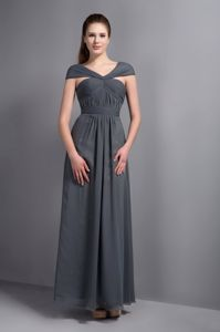 Exclusive Grey Cap Sleeves Floor-length Quinceanera Dama Dresses with Ruche