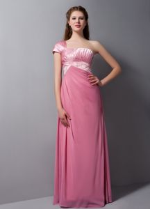 Special One Shoulder Pink Floor-length Quinceanera Dama Dresses with Beading