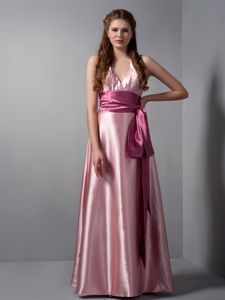 Sexy Pink V-neck Halter Floor-length Quince Dama Dress with Sash in Colora