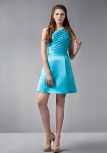 Beautiful Ruched Aqua Blue Single Shoulder Short Damas Dresses For Quince