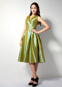 Elegant Olive Green V-neck Tea-length Dress For Damas with Ruche in Boise