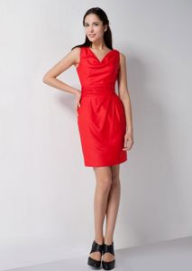 Low Price Zipper-up Red V-neck Short Bridesmaid Damas Dresses in Aurora