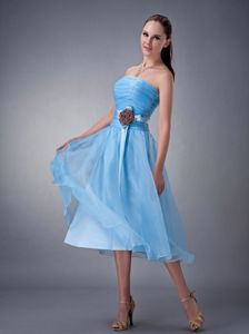 Cute Aqua Blue Strapless Tea-length Bridesmaid Dama Dresses with Flower