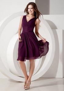 A-Line V-Neck Knee-Length Ruched Dama Dress in Dark Purple in Bathgate