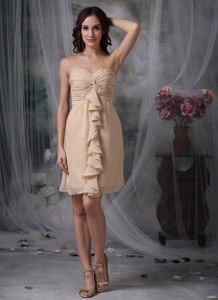 Sweetheart Ruched Short Champagne Chiffon Quince Dama Dress for Wholesale