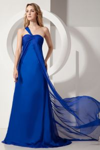 Royal Blue One Shoulder Ruched Dresses For Damas with Brush Train in Everett