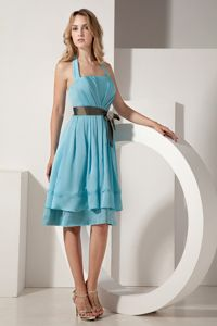 Halter Knee-length Taffeta Ruched Aqua Blue Quince Dama Dresses with Bow