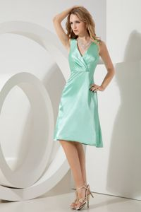 V-neck Knee-length Taffeta Apple Green Dresses For Damas in Bellingham WA
