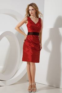 Red V-neck Mini-length Taffeta Dresses For Damas with Sash in Kirkland