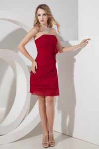 Wine Red Hand Flowery Strapless Mini-length Chiffon Quince Dama Dresses in Kent