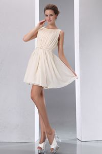 A-line Scoop Mini-length Chiffon Ruched Dresses For Damas in Champagne