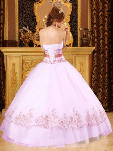 Lovely Strapless White Full-length Quince Dresses with Bow and Appliques