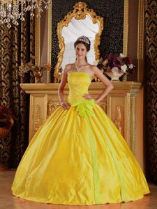 Strapless Floor-length Quinceanera Gown Dresses in Yellow with Bowknot