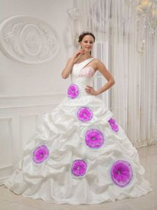 One Shoulder Floor-length White Quinceanera Gown with Flowers in Colby