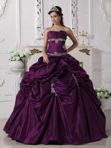 Strapless A-line Burgundy Dress for Quince with Pick-ups and Appliques