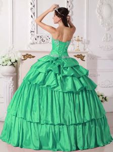 Ruched Green Sweetheart Floor-length Quinceanera Gowns with Beading