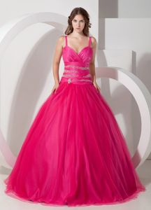 Cheap Straps Beaded Hot Pink Quinces Dresses in Fashion under 200