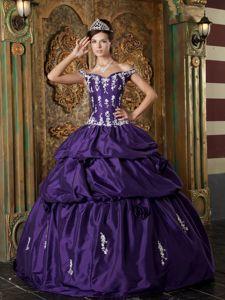 Dark Purple Off The Shoulder Taffeta Appliques Sweet 15 Dress in Pittsburgh
